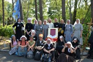 16.Przedstawicielki żeńskich instytutów życia zakonnego na pielgrzymce