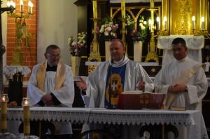 Msza święta pod przewodnictwem ks biskupa