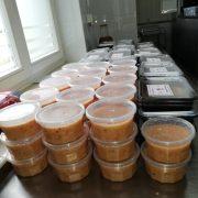 Ciepły posiłek w ramach #PomocdlaSeniora_CaritasDD