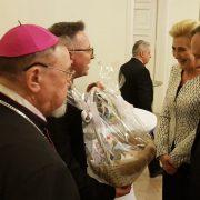 Dyrektor Caritas DD przekazał upominek Parze Prezydenckiej_04.06.2020