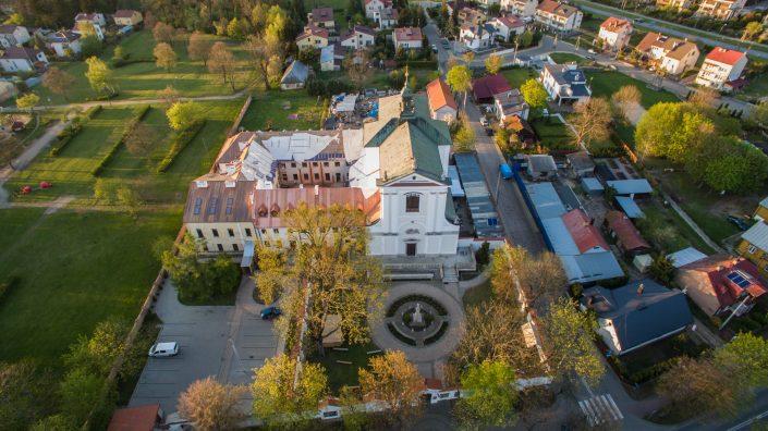 Klasztor z lotu ptaka_fot. Tomasz Sobisz