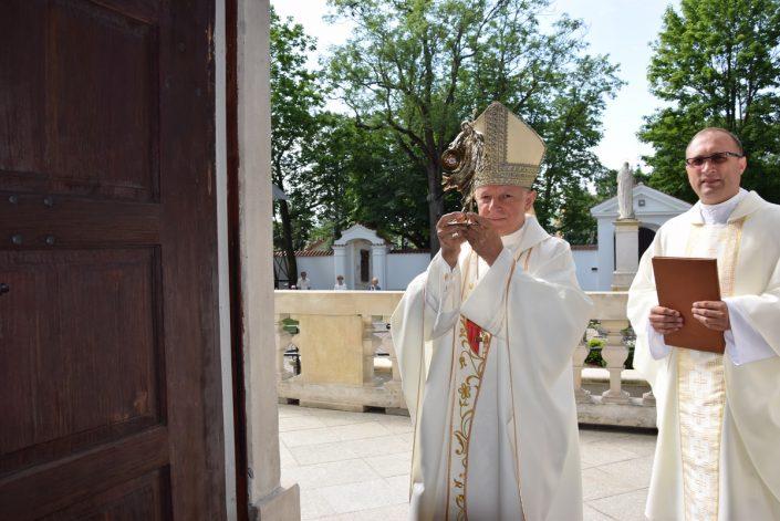 Przekazanie relikwii św. Jana Pawła II_klasztor Węgrów_25.07.2020