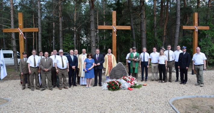 Uroczystość upamiętniająca bohaterów Powstania Styczniowego 1863 r. oraz właścicieli majątku Hoźna_20.06.2021